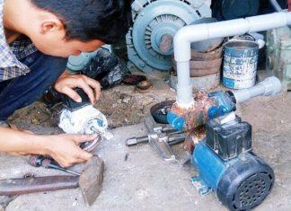 Thợ sửa máy bơm nước tại nhà