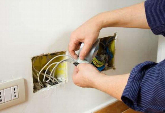 thợ sửa chữa điện nước