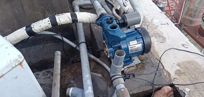 thợ sửa chữa máy bơm nước